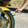 Kit Reparación Portátil Llantas Pinchada Motos Carros Bici +