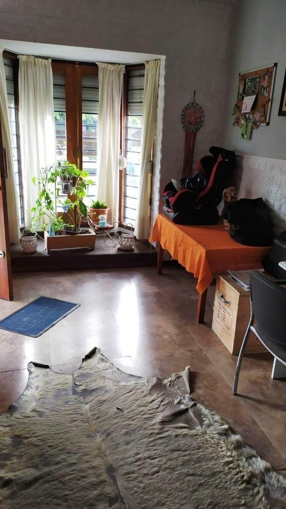 a 2 del mar!! 3 dorm + apto a reciclar jardín y fondo.
