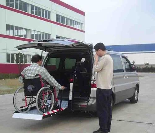 a discapacitados transporte con plataforma  sillas de ruedas