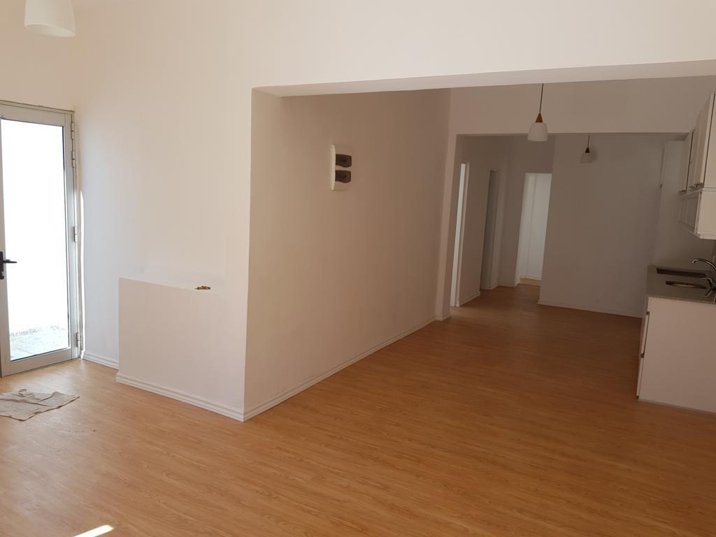 a estrenar; gran oportunidad; 3 dormitorios. u$s77.000.-