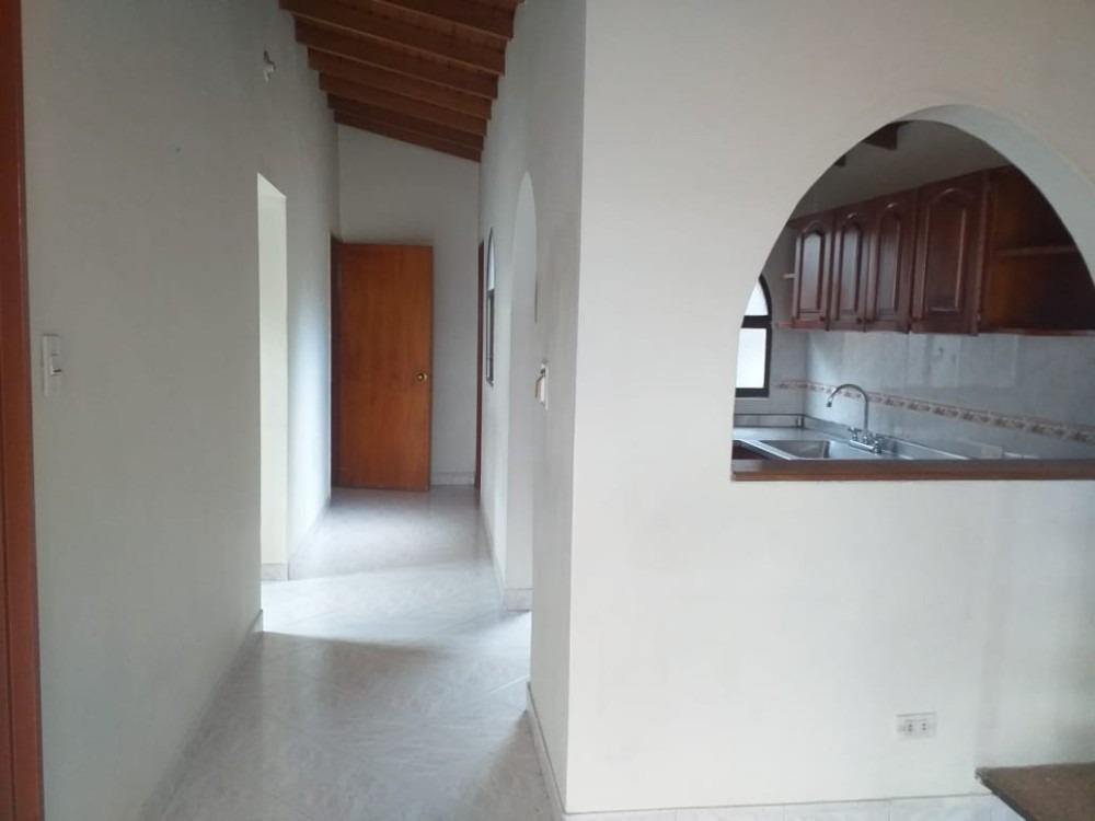 a la venta casa barrio villa mira, calle 7ª 3er piso