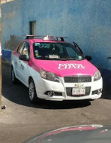 a la venta taxi con todo y placas