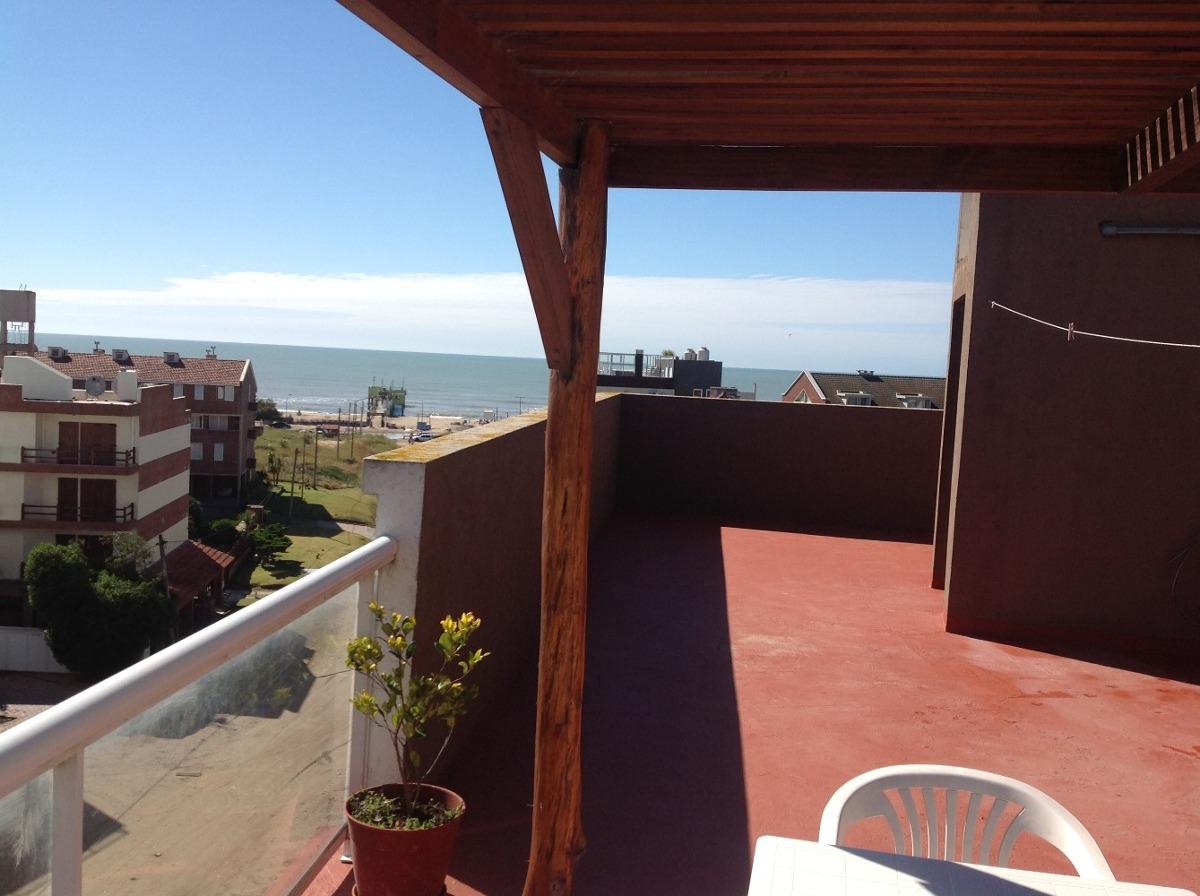 a metros del mar, terraza propia