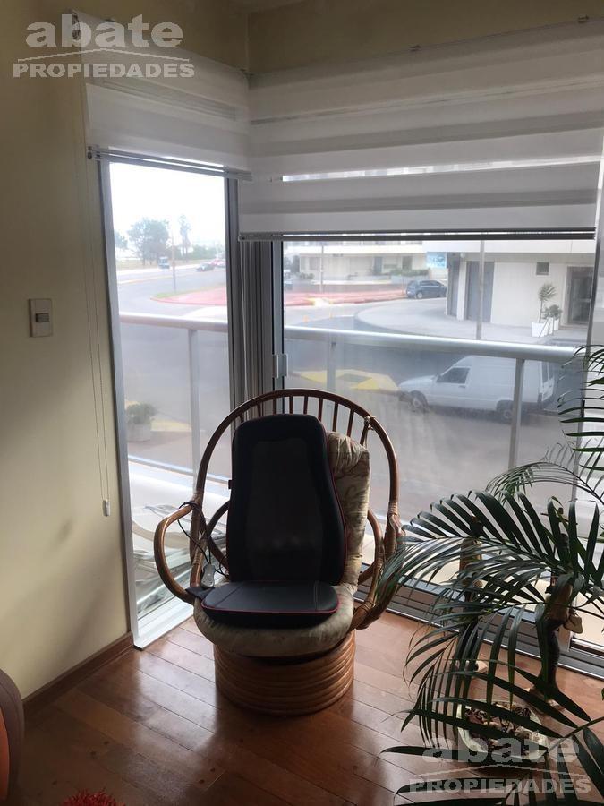 a pasos del mar! impecable estado, suite, terraza, patio, vigilancia