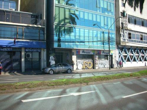 a pasos del metro bellavista, plaza cívica e intendecia de valparaíso