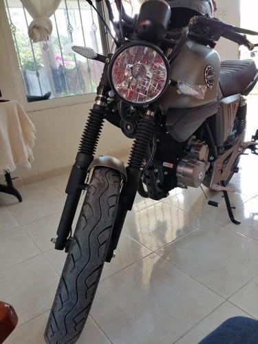 a tratar vento rocketman 250 cc tipo retro