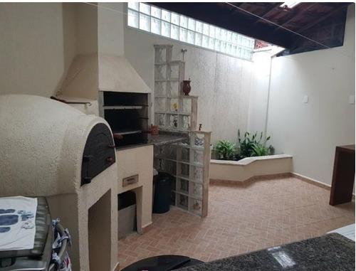 a venda condomínio fechado e churrasqueira b. dos eucalíptos