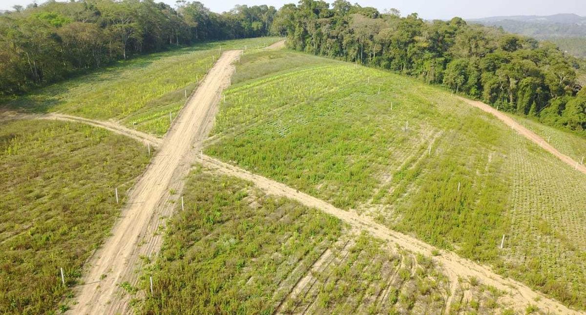 a venda terrenos planos com 600m² em ibiuna 03