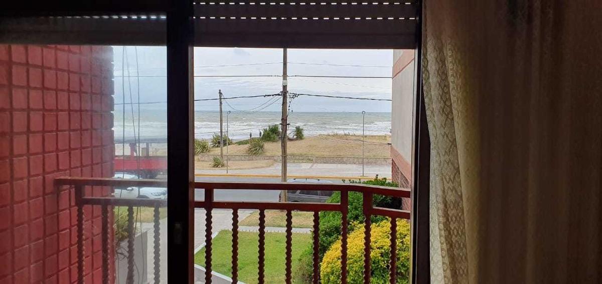 a135 departamento 2 ambientes 5 personas frente al mar