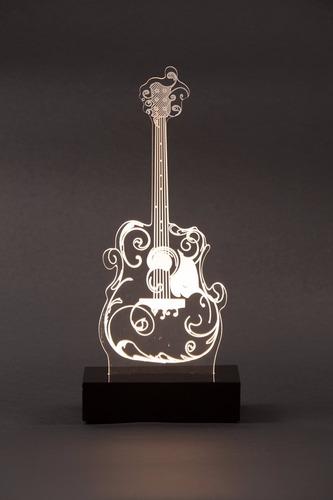 abajur 3d em formato violão