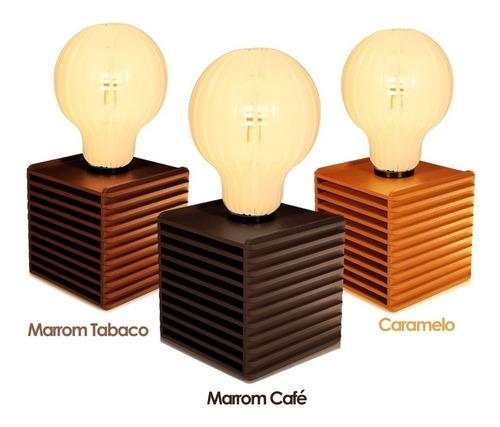 abajur retro de madeira no formato de lampada c/ soquete e27