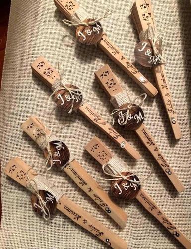 abanico madera natural personalizado recordatorio matrimonio