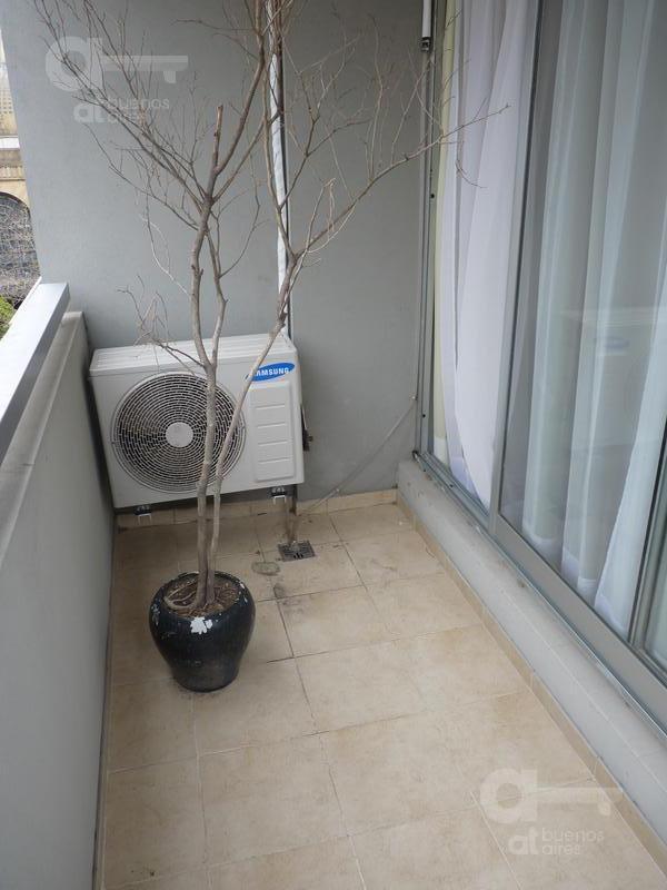 abasto- monoambiente- torre de categoría- alquiler temporario sin garantía-