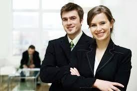 abogada, especialista en derecho mercantil, laboral y civil
