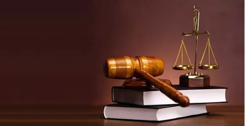 abogado especialista arbitraje y contrataciones con estado
