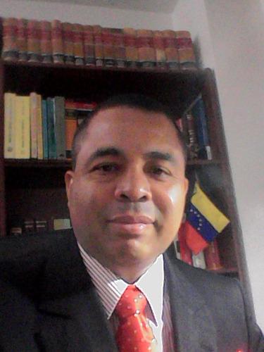 abogado especialista en derecho  inquilinario.