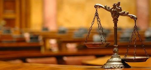 abogado especialista en el área civil, laboral etc