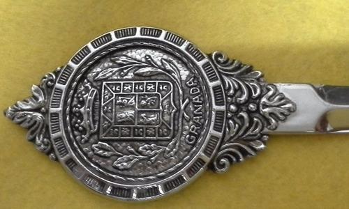 abrecartas antiguo hermoso para lucirlo en tu oficina