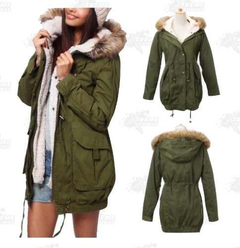 Abrigo de mujer color verde militar
