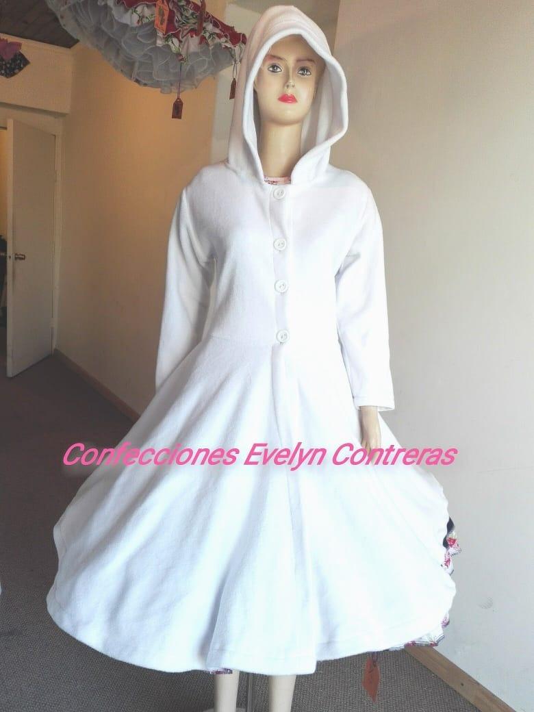 Abrigo vestido de huasa