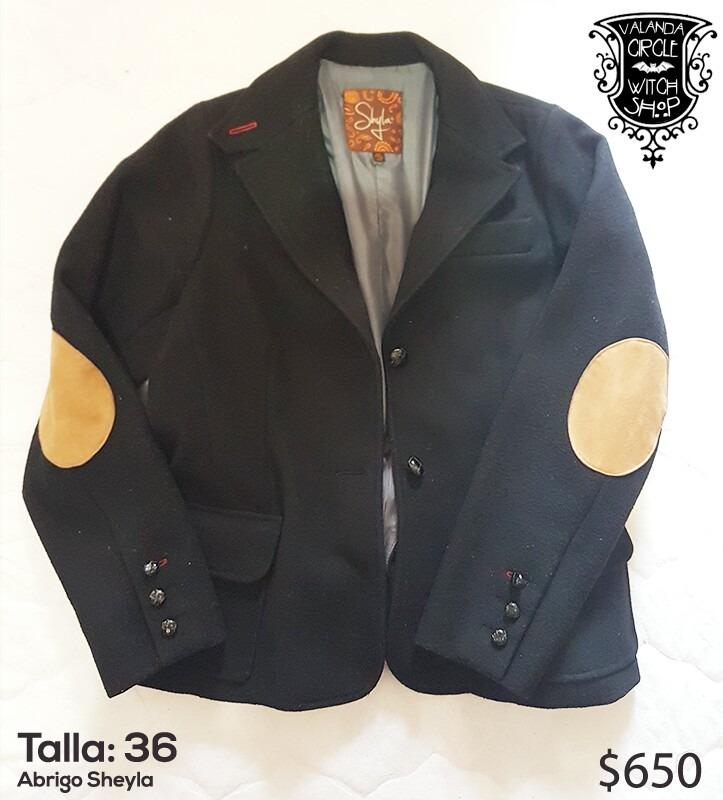 Abrigo tipo blazer