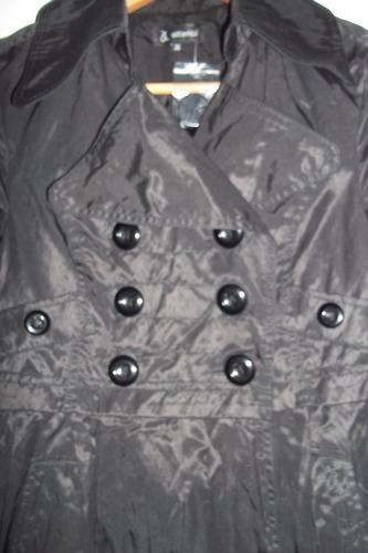 abrigo trench tipo cortaviento traido de paris