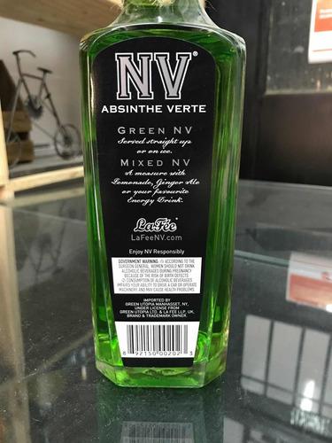 absinthe verde (una bebida para gargantas fuertes)