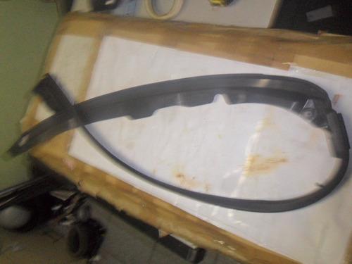 acabamento de parachoque dianteiro picasso/aircross  2010