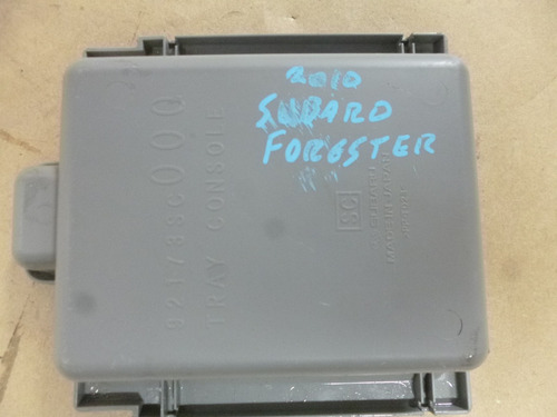 acabamento do console subaru forester 2.0 2010 (original)