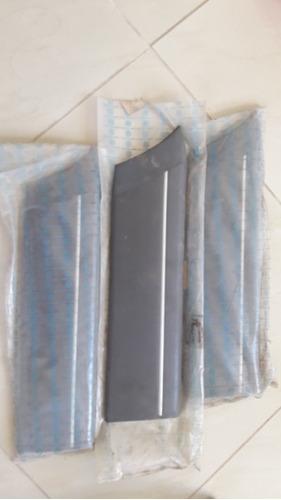 acabamento do friso voyage gol quadrado cinza original vw