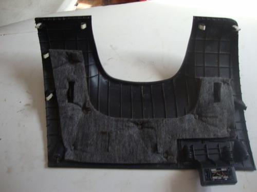 acabamento do painel do kia sool com detalhe arranhado