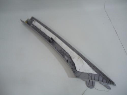 acabamento moldura coluna  dir parabrisa hyundai i30