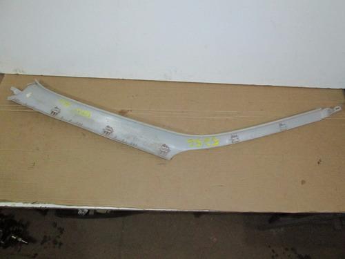 acabamento moldura coluna golf 97 dianteira direito 5256