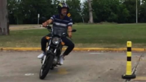 academia clases de manejo de motos, instructor habilitado