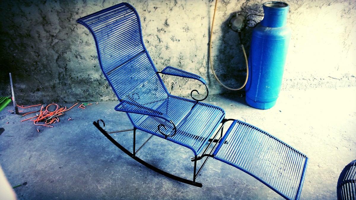 En la silla mecedora - 1 10