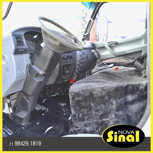 accelo 915c 2011 carroceria