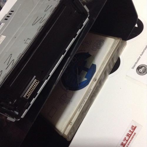 accesorio caja guantera para estereo vocho todos los años