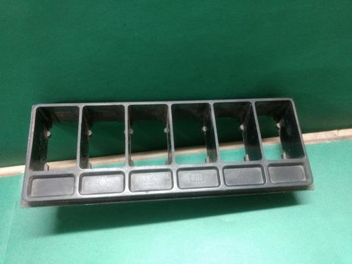 accesorio plástico porta llaves peugeot 504