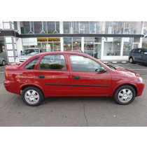 Boceles O Molduras( 4 Ptas)chevrolet Corsa Evolution Sedan