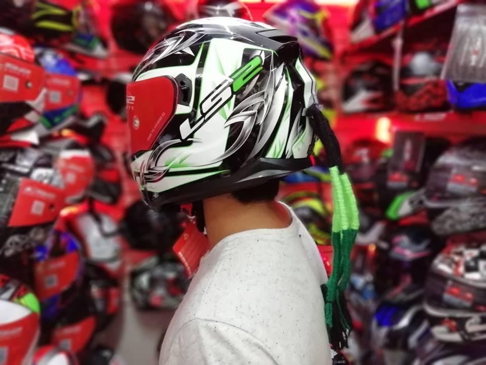 1cdcbcd079726 accesorios para cascos moto de mujer y de hombre. Cargando zoom.