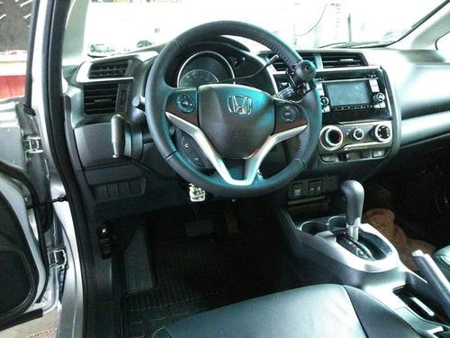 acelerador e freio manual adaptação deficientes fisicos