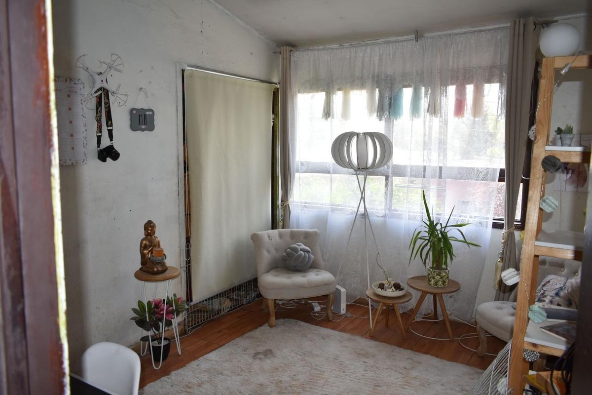 acogedora casa ubicada en sector residencial de providencia
