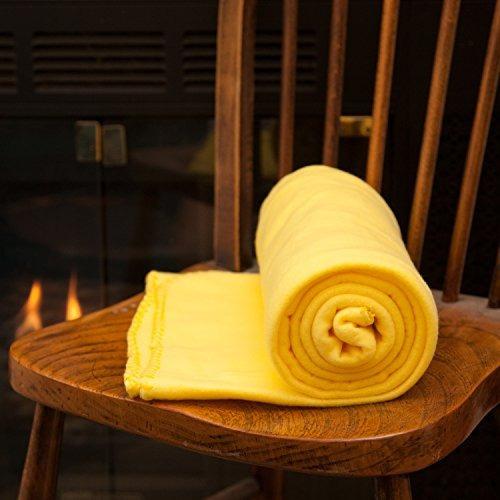 acogedora manta de tiro polar de 50 x 60 amarillo