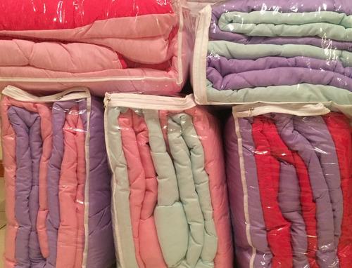 acolchado  + almohadon juvenil lila violeta rosa reversible