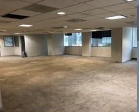acondicionado,  pb con 693 m2, piso 1 con 841 m2 urales
