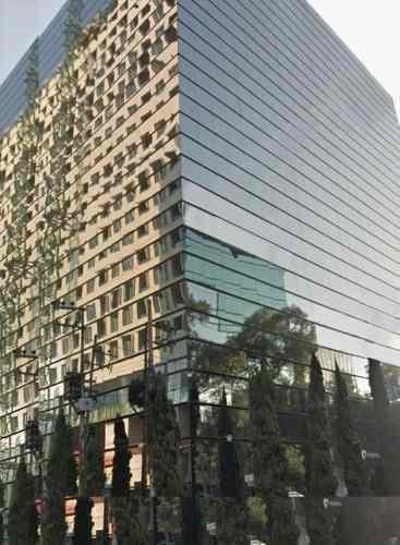acondicionado, piso 1 con 400 m2, piso 2 con 900 m2, ejer425