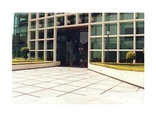 acondicionado,  piso 2 con 540 m2 cygni2