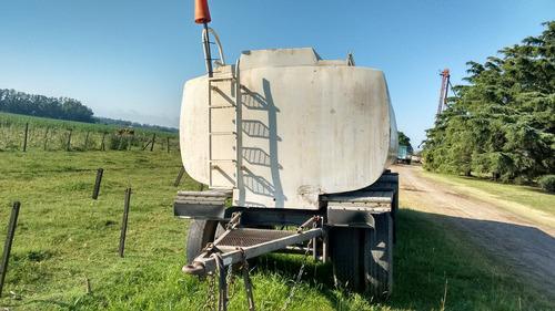 acoplado cisterna