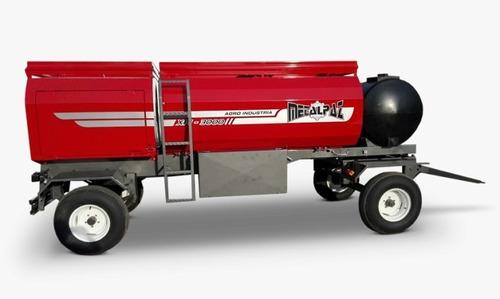 acoplado tanque de  combustible