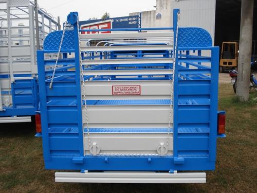 acoplado trailer cerdos porcinos capones lanza o cigueña